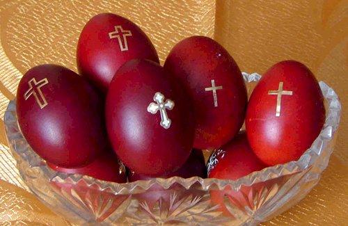 Oul roşu - magie, legendă şi tradiţie