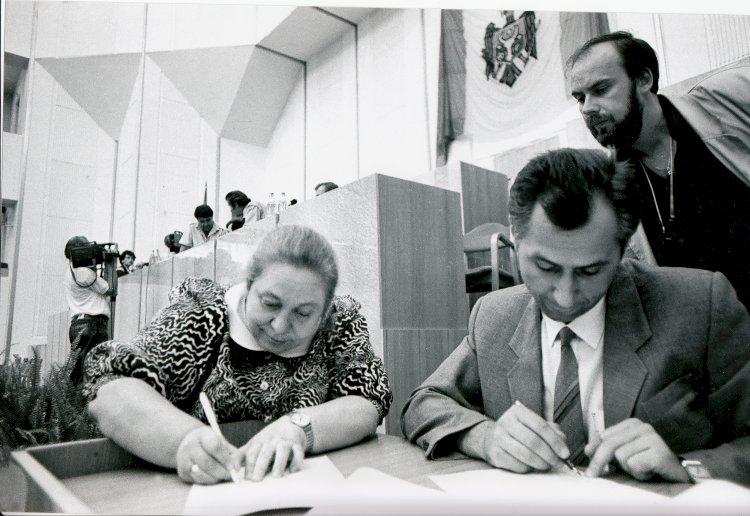 """Nadejda Brânzan, deputat în primul Parlament al Republicii Moldova: """"Regret azi că acel avânt al basarabenilor s-a diminuat"""""""