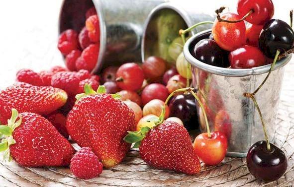 Fructele lunii iunie