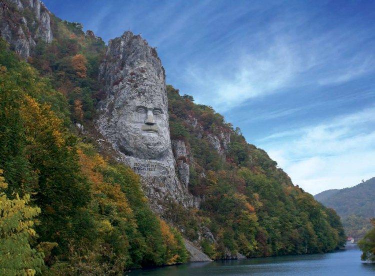 Prin Defileul Dunării