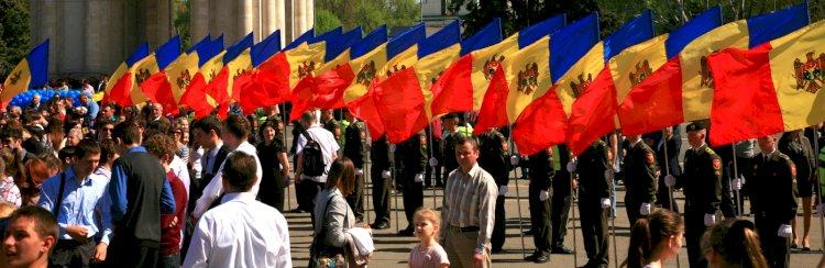 Să îmbrăcăm Moldova în straie de sărbătoare