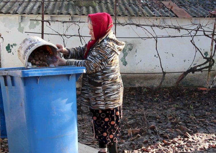 Sireți – satul în care peste 75% din locuitori achită pentru colectarea deșeurilor