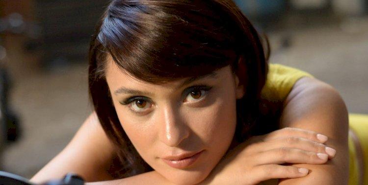 """Irina Rimeș: """"Muncesc foarte mult pentru a-mi realiza visurile"""""""